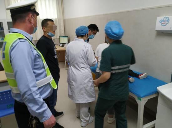 滨州一男孩因事故被气囊打伤!交警提醒:千万不要这么做