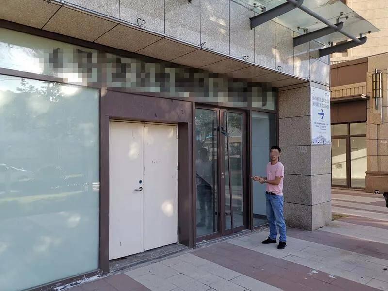 青岛:拆卸盗窃138扇铝合金门窗,每斤3.5元销赃获利2500元,警方顺线摸排巡查擒获