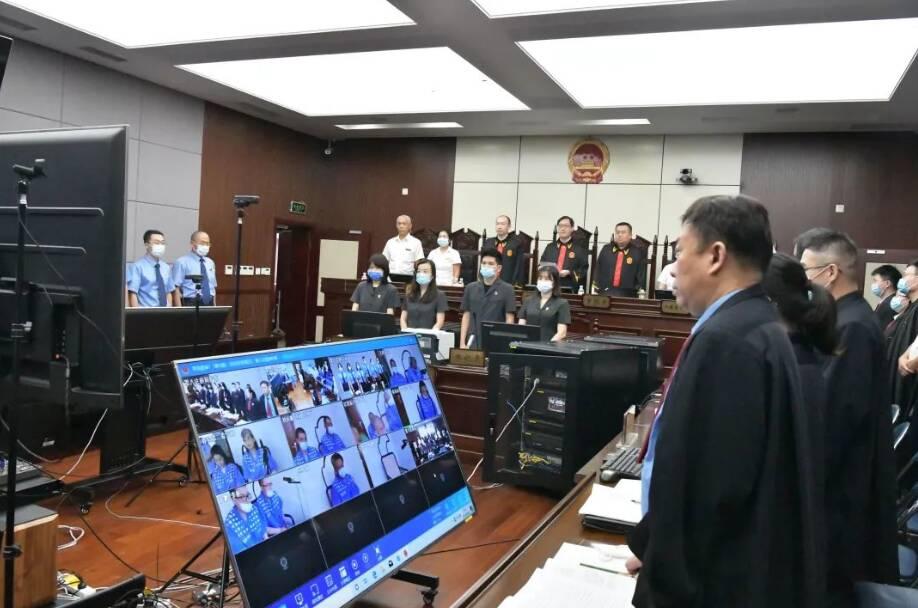 青岛公开宣判王占智等16人涉黑案 被告人王占智一审获刑25年