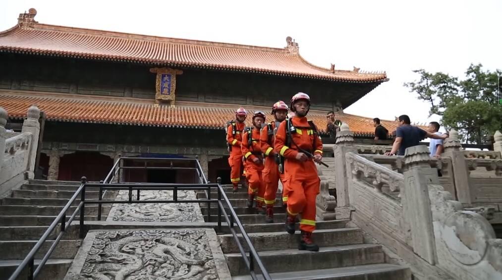 玩得开心还要玩得安全!山东各地强化消防安全巡逻检查