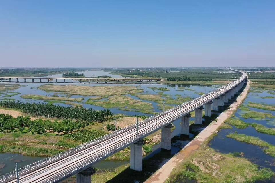 济南青岛一站直达  10月11日起铁路实施新运行图