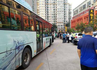 """潍坊市""""双节""""期间运送旅客61.5万人次"""