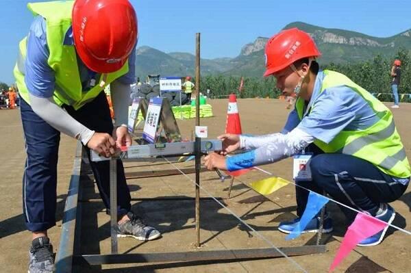 国庆假期临沂7600名公路建设者坚守一线 确保各项目加快施工