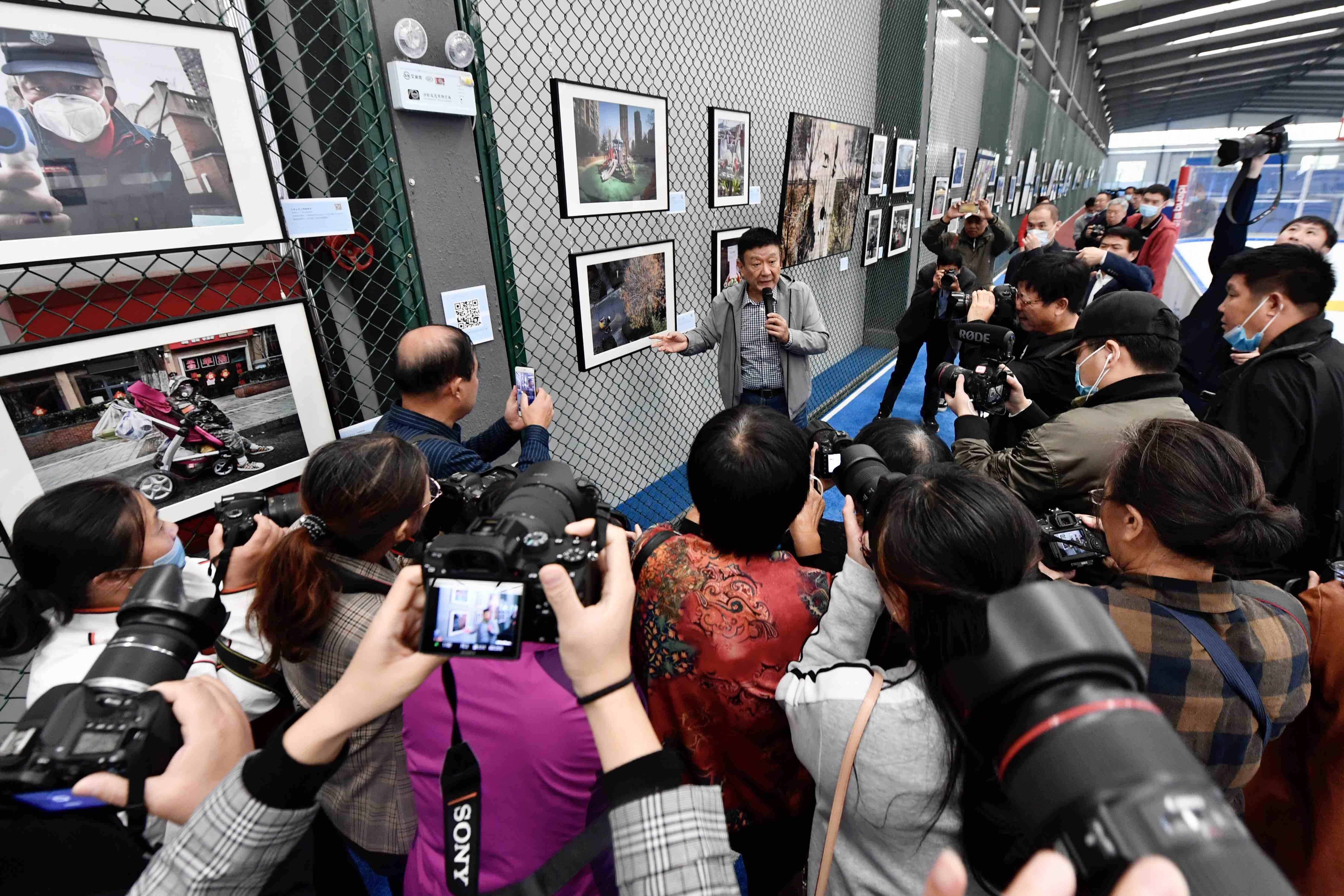100幅照片、100个故事!《面对——钱捍的抗疫生活影像日记》收藏展在乐陵举行