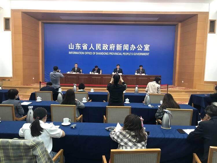 力争年内青岛胶东国际机场投入运营 菏泽牡丹机场竣工试运行