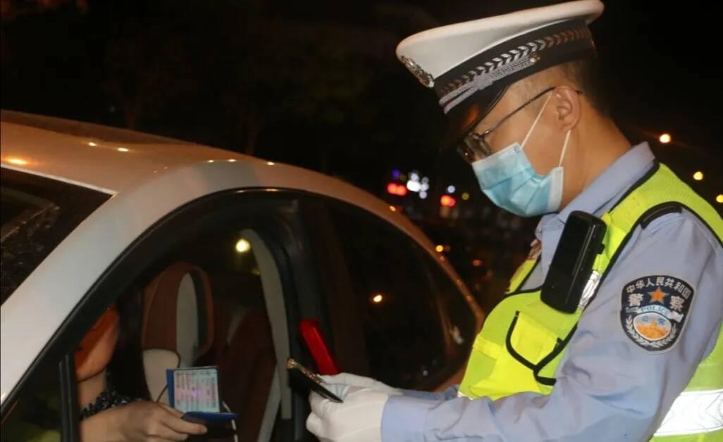 道路交通秩序整治打响第一枪 滨州无棣警方查处违法行为414起