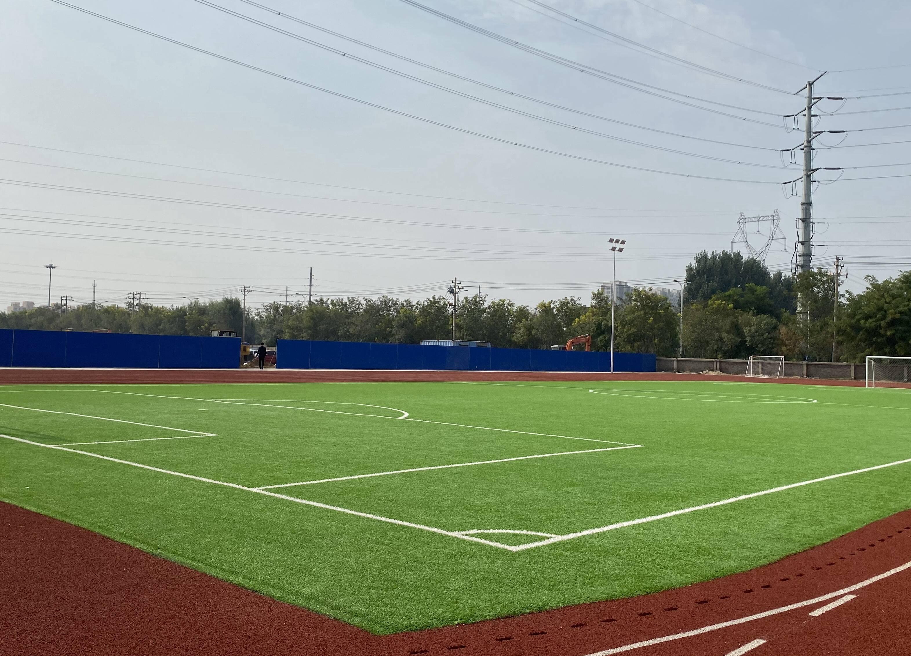问政追踪 | 滨州实验学校西校区南北操场已完工 全部工程12月15日前完成