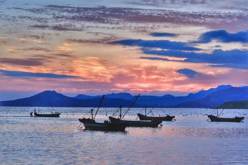 落日余晖映海天 一起来欣赏威海乳山的醉美银滩(组图)