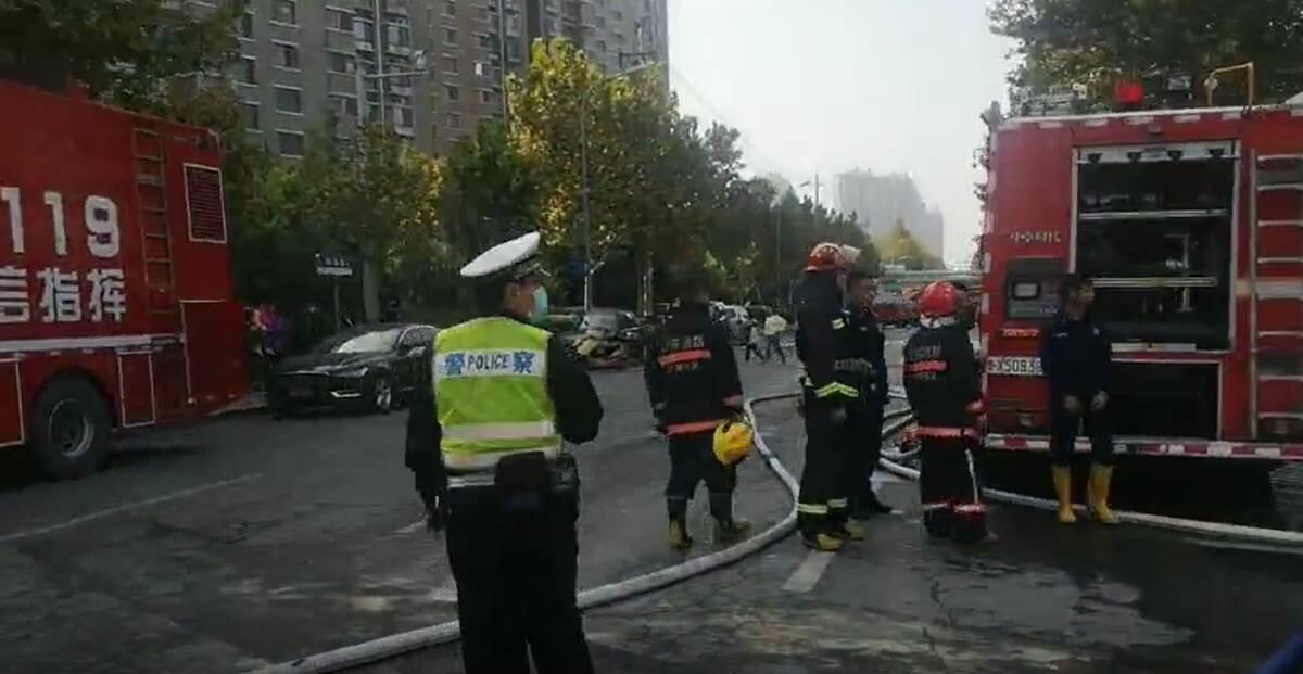 官方通报!济南历城祝甸北路一仓库发生火灾,过火面积约960平方米