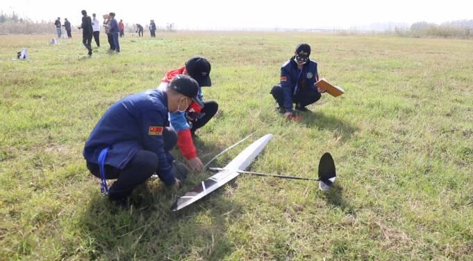 44秒丨43名选手同场竞技!第二届山东省航空模型交流赛在枣庄落幕