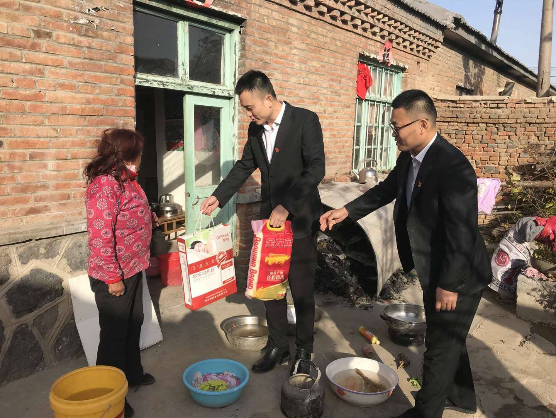 潍坊银行:扶贫工作是义不容辞的责任