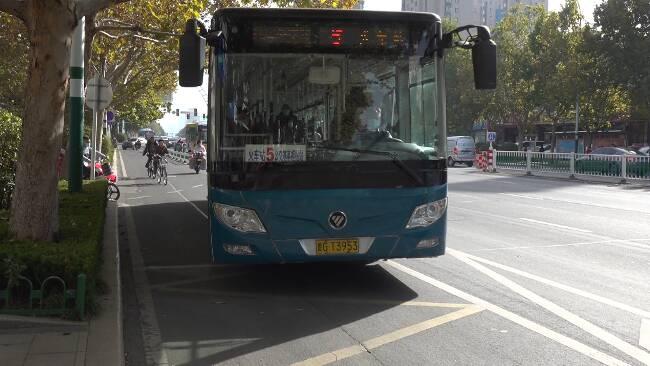65秒丨126条线路!历经48年潍坊公交线路数量增加了30倍