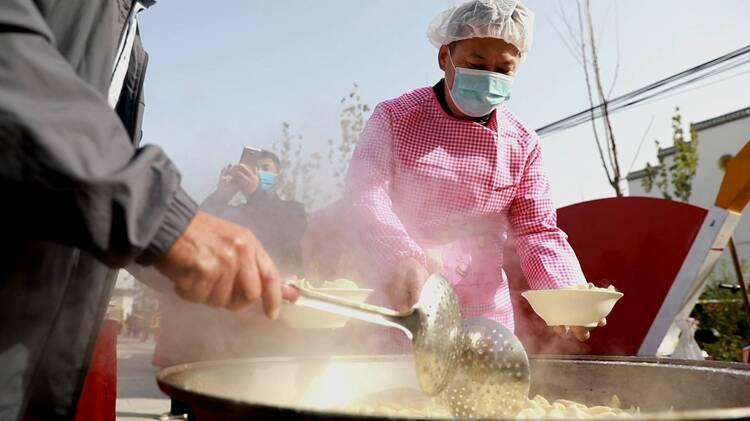 """""""以家人之名""""! 来菏泽曹县赴一场千村万人饺子宴"""