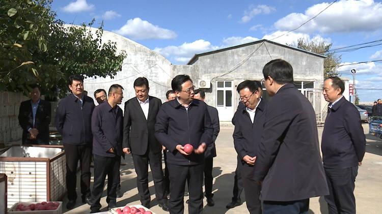 问政追踪 烟台市长督导蓬莱:村集体管理不规范 三天内退还电费到位