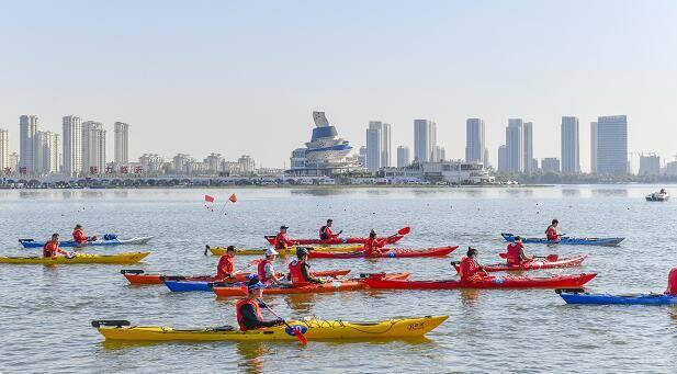 """2020年首届""""红色沂蒙""""皮划艇马拉松挑战赛开赛"""