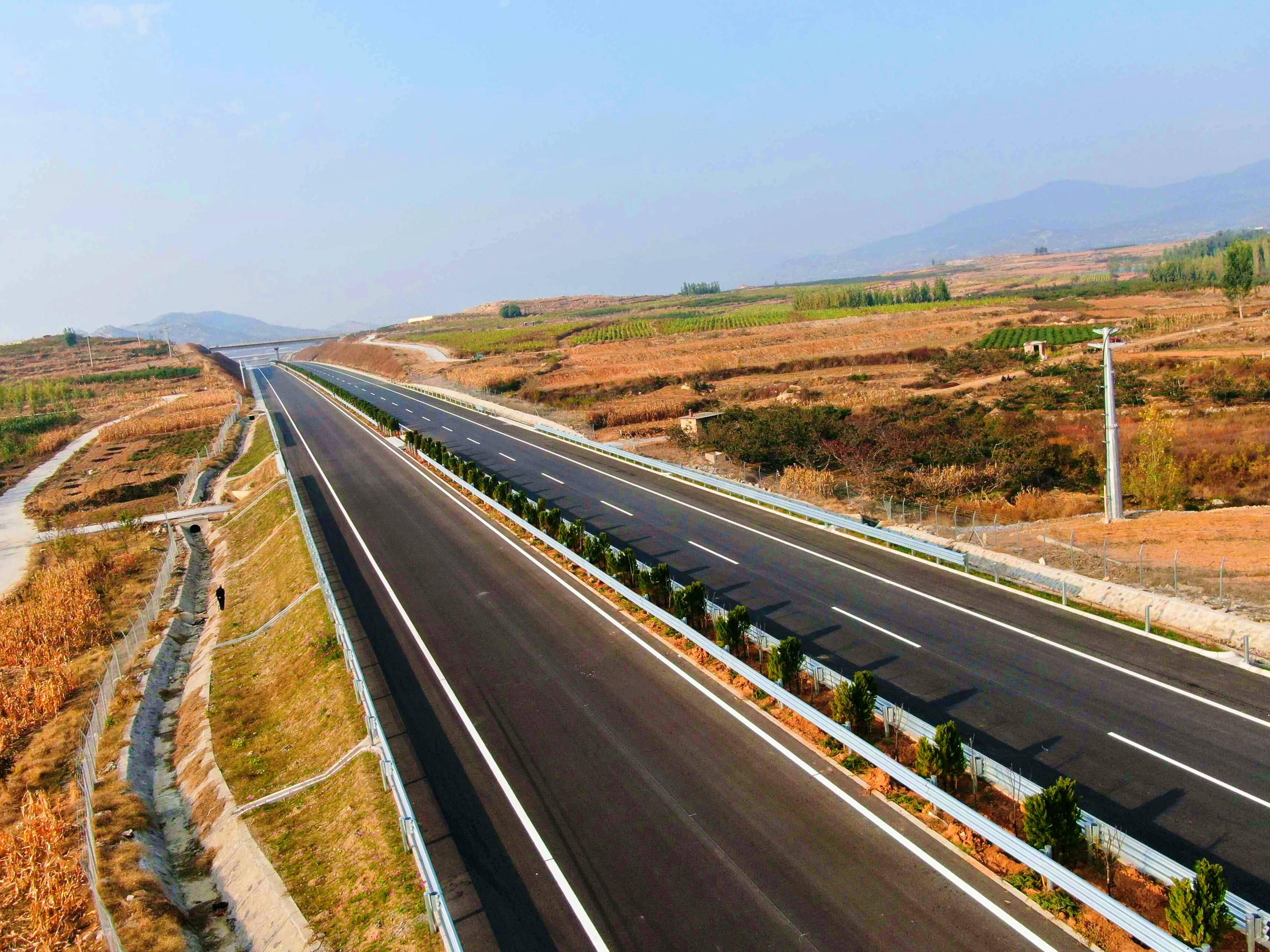 实现新突破! 新台高速公路工程主线顺利贯通