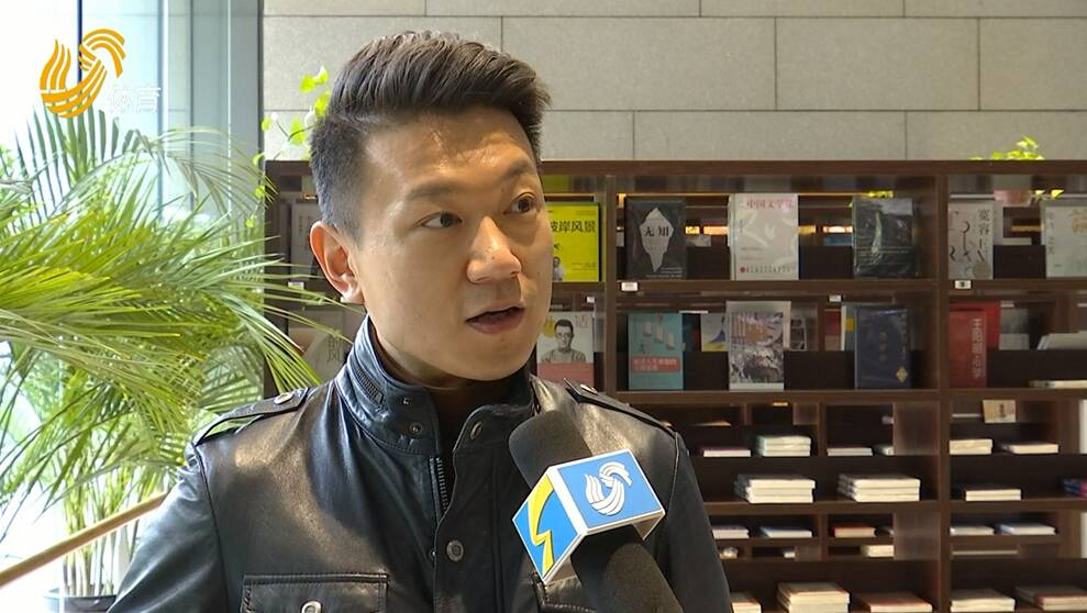 视频丨本台足球评论员王湛:足协不该一味维护裁判