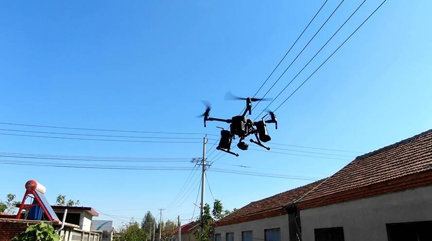97秒|无人机空中巡视!邹城中心店镇农村人居环境整治用上高科技