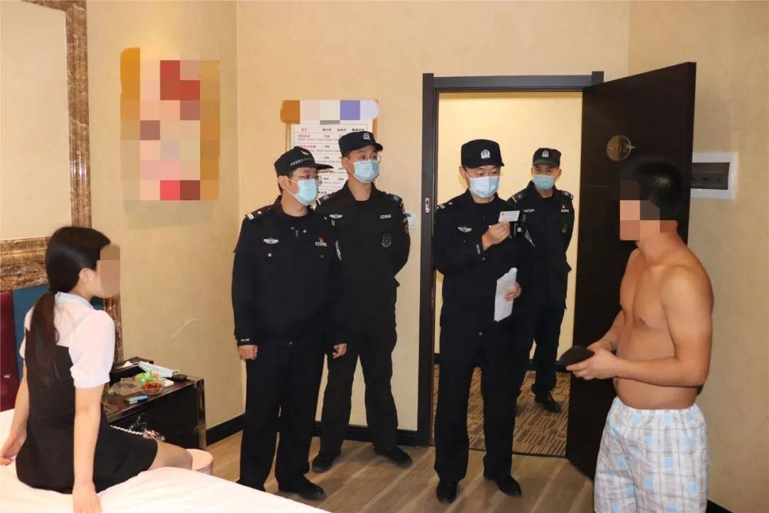 """打击""""黄赌"""" 胶州警方查处各类黄赌案件41起 抓获122人"""