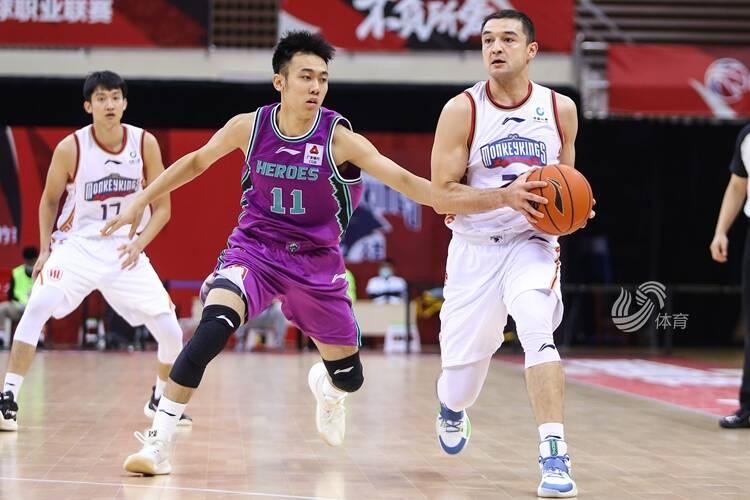 哈里斯44分10篮板  山东西王114-96南京同曦豪取两连胜