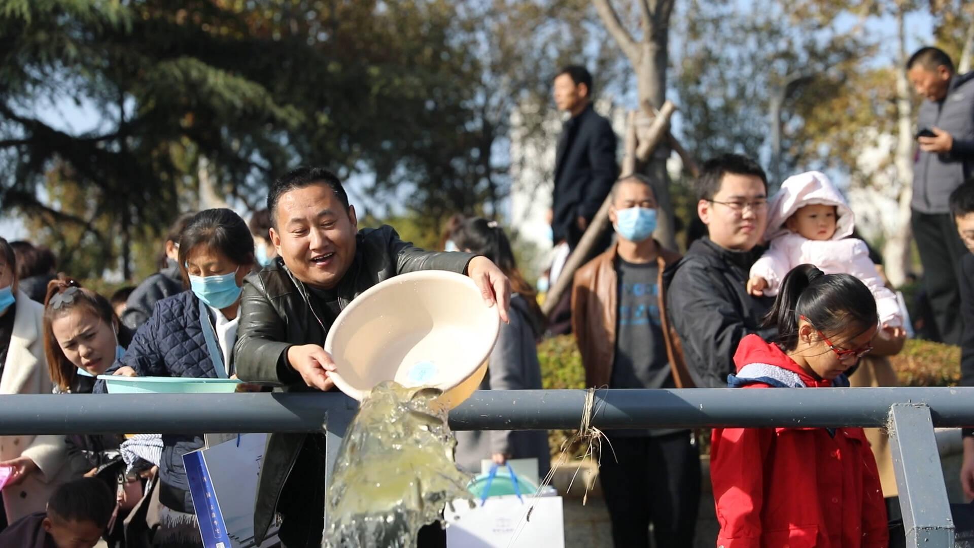 36秒 | 累计放鱼3100余万尾!菏泽市连续7年开展放鱼养水活动