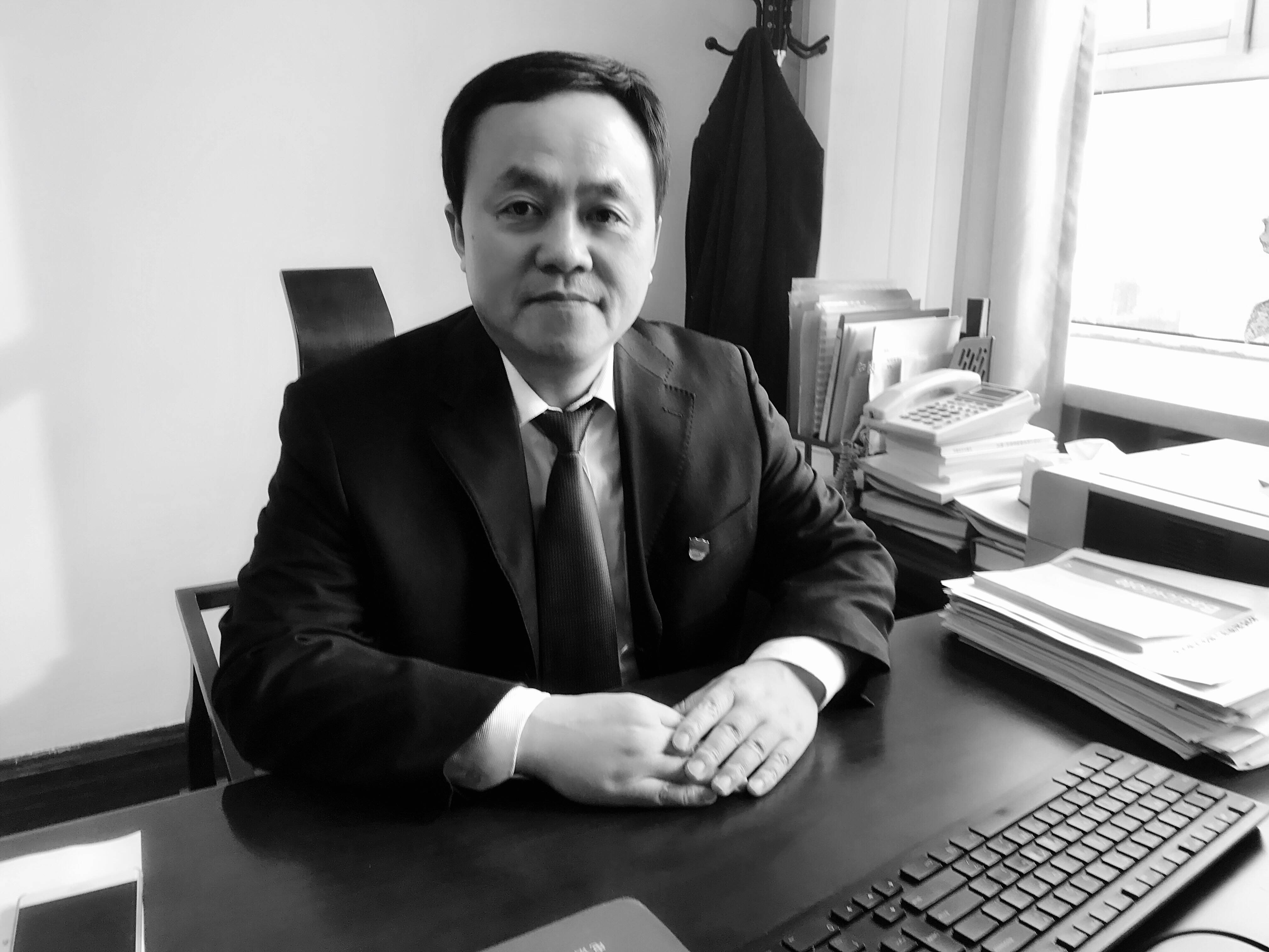 """关鲁同志被追授""""齐鲁时代楷模""""称号"""