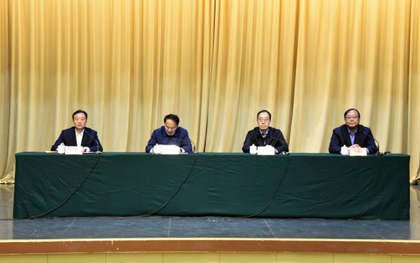 山东省委决定:李东同志任潍坊学院党委委员、书记