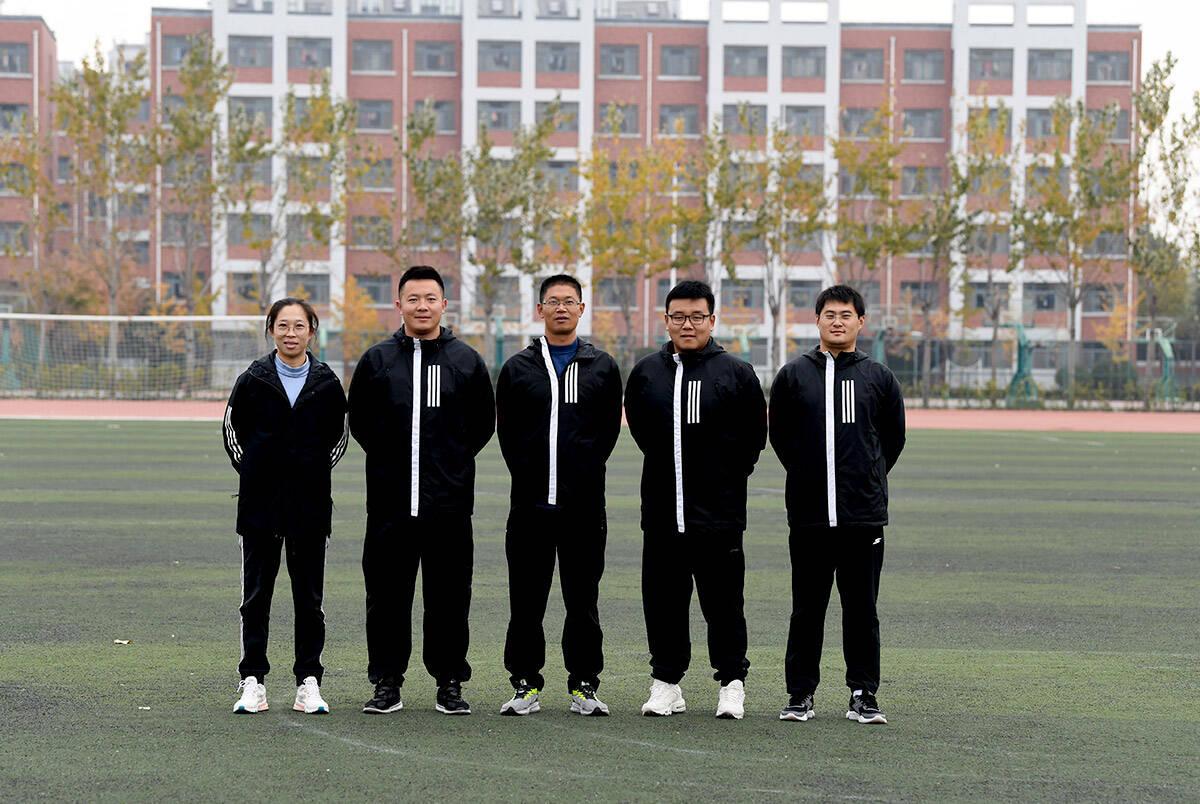 影像力|潍坊这所学校,高三年级5个体育老师,4个当班主任