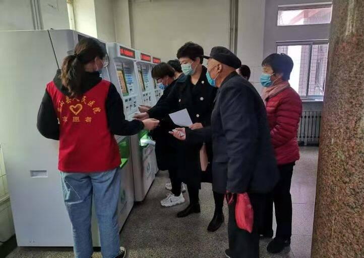 """济宁梁山县完善医疗服务体系 化解百姓看病""""烦心事"""""""
