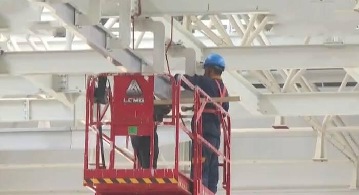 """中国重汽智能网联(新能源)重卡项目:早动工 早投产 按下重大项目建设 """"加速键"""""""