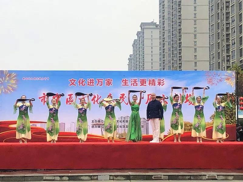 """小戏台联通大民生!枣庄市中区""""周六剧场""""受青睐"""