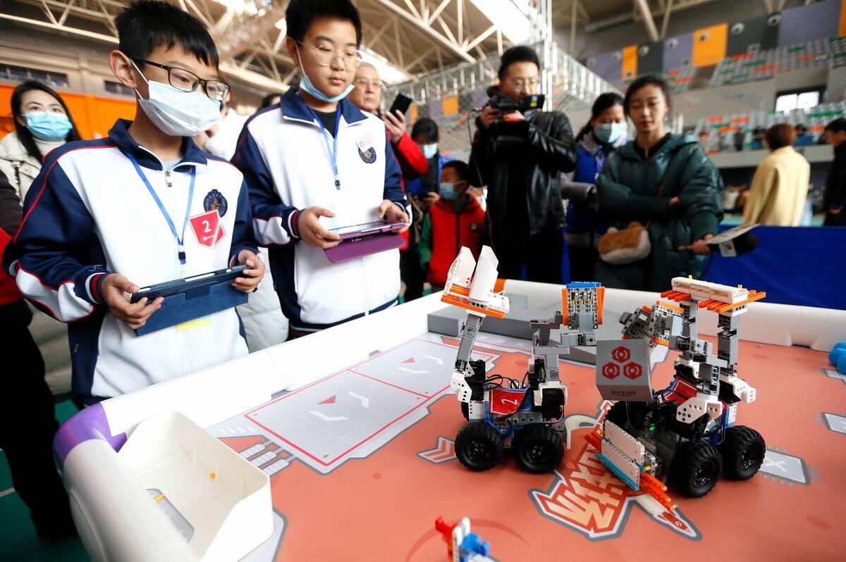 组图|智能救援、超越轨迹!青岛即墨中小学生机器人大赛了解下