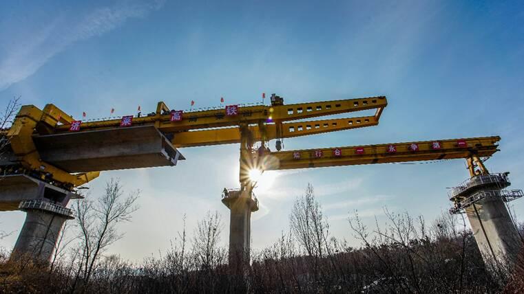 全线首座大桥完成架梁!济莱高铁进入施工密集期