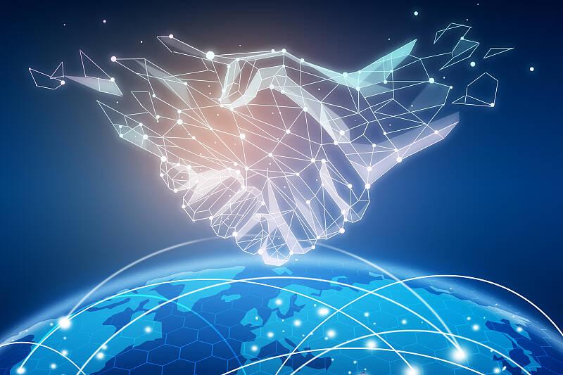 闪电评论丨构建网络诚信体系 推动网络空间治理