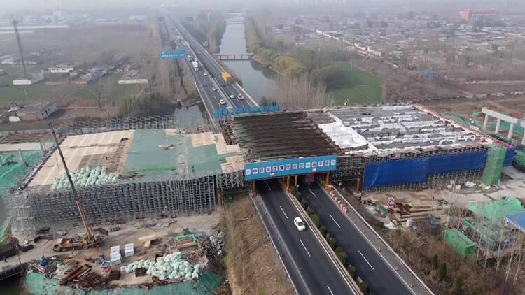 92秒|现场直击!聊城开发区三项桥梁工程同步施工,最新进展在这里