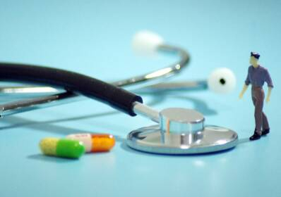 山东共有8.8万人获执业药师资格 每万人口执业药师数超过4人