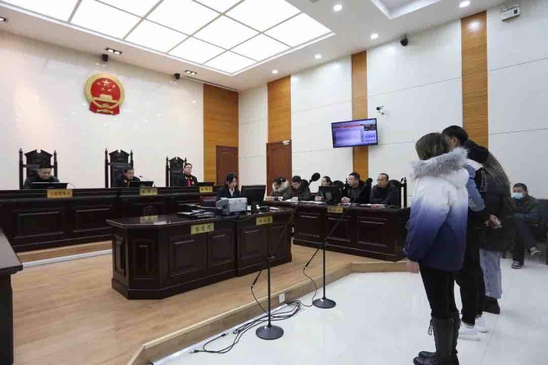 顶格判处25年!桓台法院公开宣判一起组织强迫卖淫的恶势力犯罪集团案件
