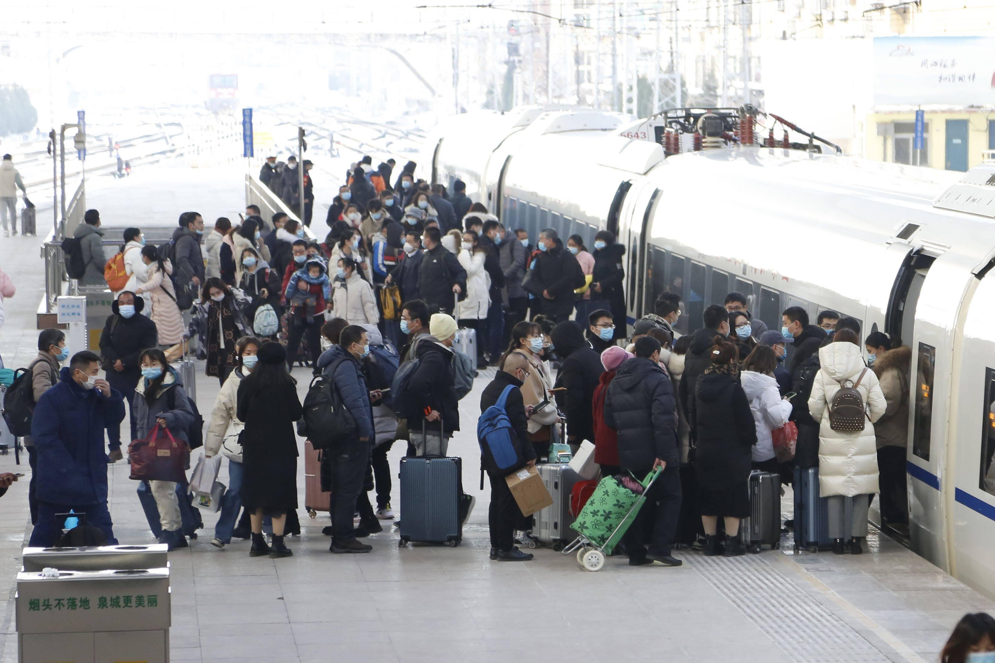 今天!元旦假期铁路旅客运输启动 列车实施重联加挂
