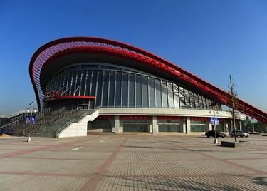 聊城市体育公园全民健身活动中心羽毛球、乒乓球场区将免费开放
