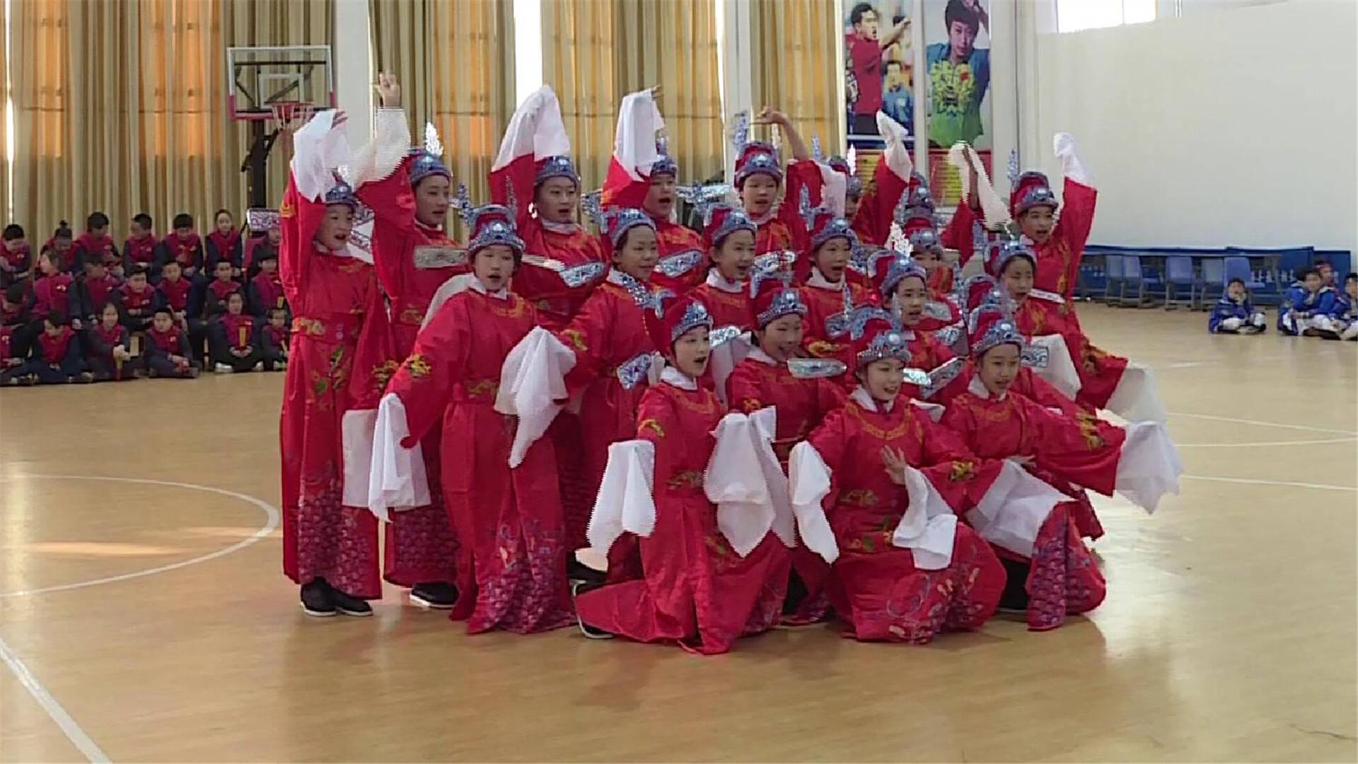66秒丨戏曲、剪纸、书法……东营中学生用传统文化迎新年