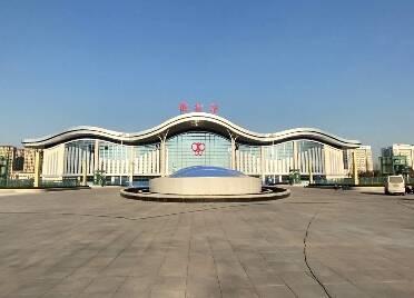 快讯!潍坊火车站南站房今日投入使用 可实现南北站房同时进出站