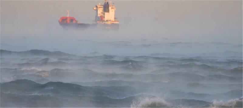 """107秒 大海冒热气开锅了?最低极值带来青岛""""海浩""""奇观,听听专家怎么说"""