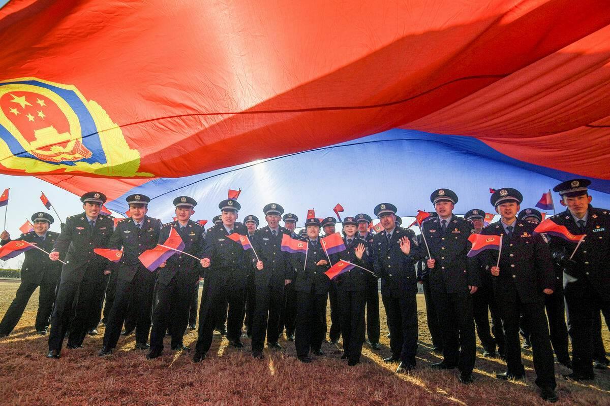 影像力|喜迎首个中国人民警察节!东营民警这样过节