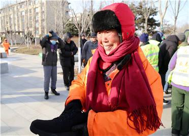 寒潮来袭!潍坊高新区为一线园林、环卫工人送温暖