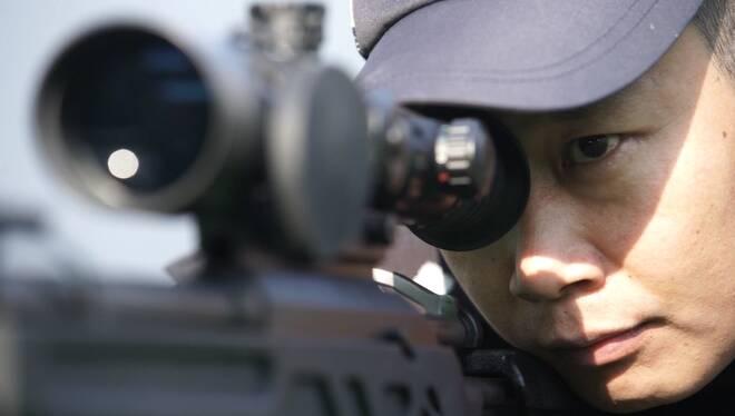 狙击手于凯:直径0.8厘米工字钉一击射中 执勤的路已绕地球一周