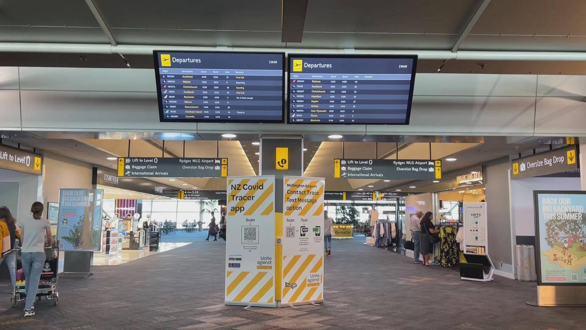 54秒丨旅客抵达新西兰须多次核酸检测并隔离 英美入境乘客须提供核检阴性证明