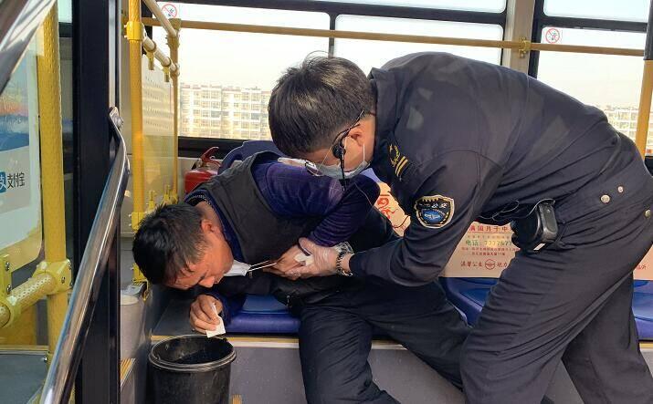 临沂公交集团开展公交车新冠肺炎疫情防控应急演练