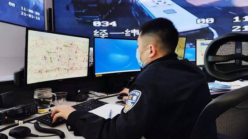 春节假期,山东出动近10万警力保畅通