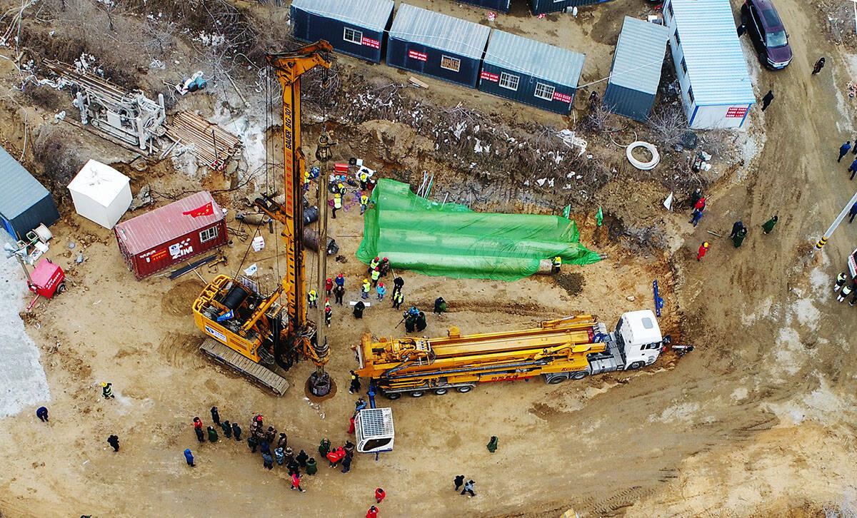 影像力|直击栖霞金矿事故救援:新的生命救援通道10号钻孔开钻