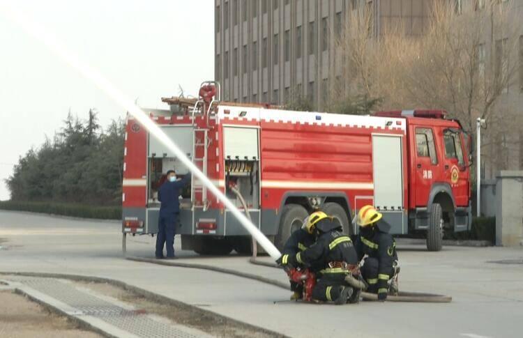 37秒|安丘市举行石化企业重点检查及消防应急演练